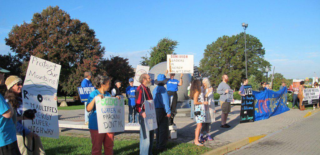 Piipeline protestors 2